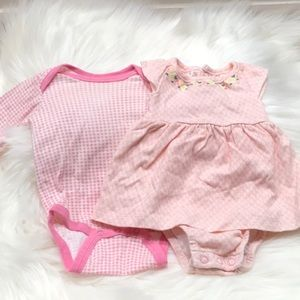 Set of 2 NB baby body suits